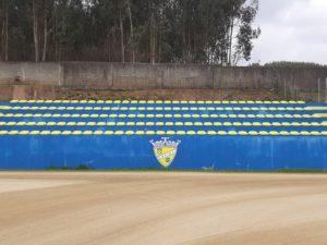 Junta de Freguesia financia parcialmente as novas cadeiras da bancada do CRJP Água Longa
